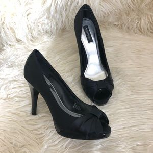 White House Black Market Ray Stilito Heels Shoe